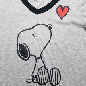 PEANUTS Snoopy with Heart V-Neck Graphic T-shirt